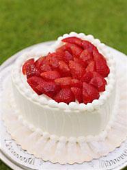 ストロベリー・ハート型ケーキ(約10名様分)