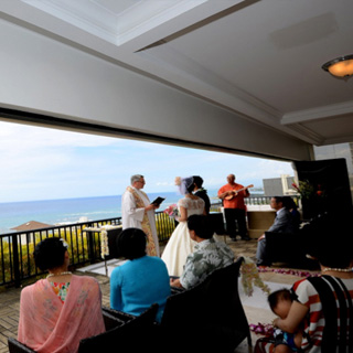 OCEANSUITE WAIKIKI SKY WEDDING